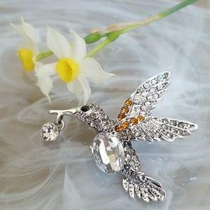 NWT - Gorgeous Hummingbird Brooch Pendant